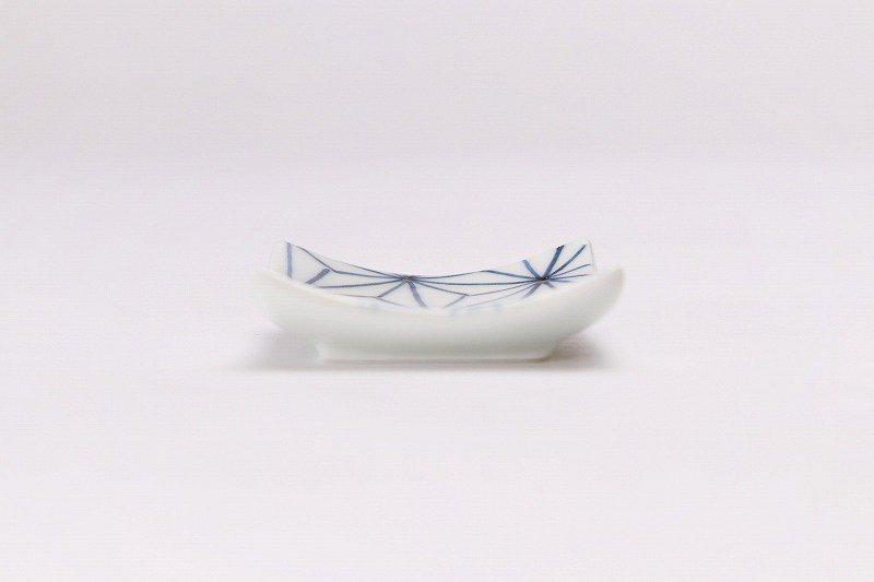 聖陶苑 染付麻の葉反正角(小) 箸置き 画像サブ2