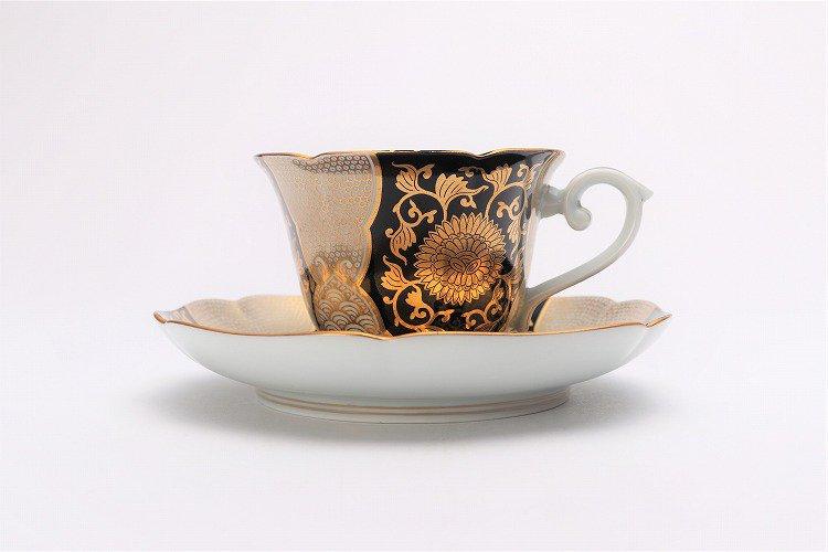 徳幸窯 黒地金彩菊華紋紅茶碗 画像サブ1