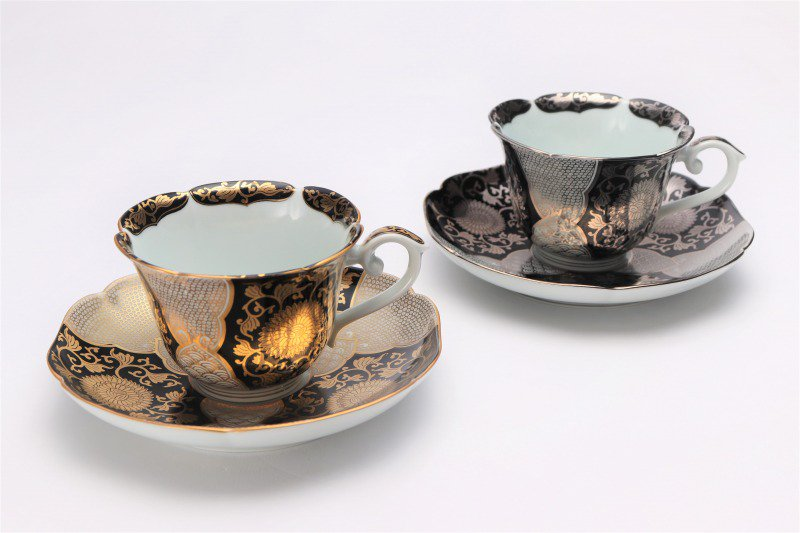 徳幸窯 黒地銀彩菊華紋紅茶碗 画像サブ7