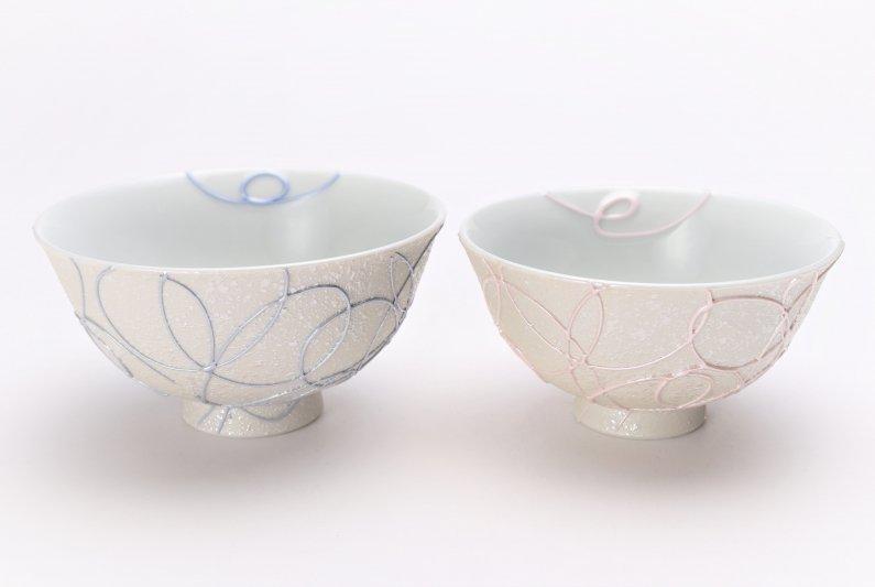 楽々シリーズ ブルー・ピンク一珍ペア茶碗 (化粧箱入り) 画像メイン