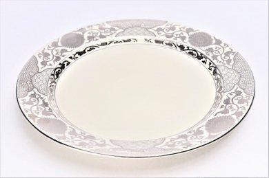 徳幸窯 クリーム釉銀彩菊華紋ミート皿