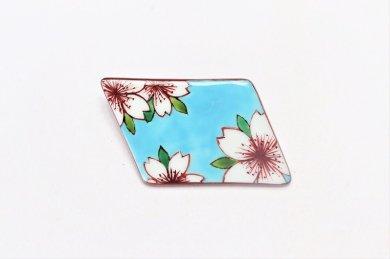 楽々シリーズ 水色桜 ブローチ(菱型)