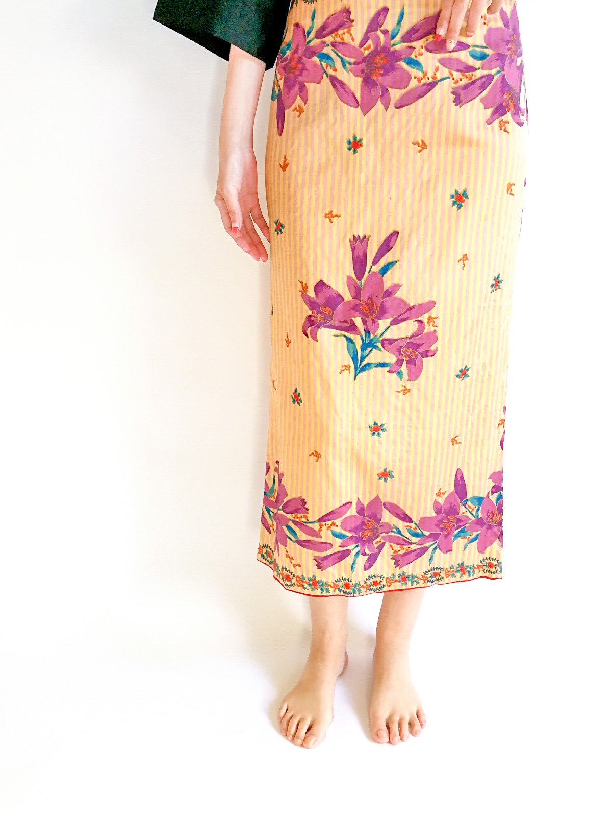 Pencil Skirt / lilly