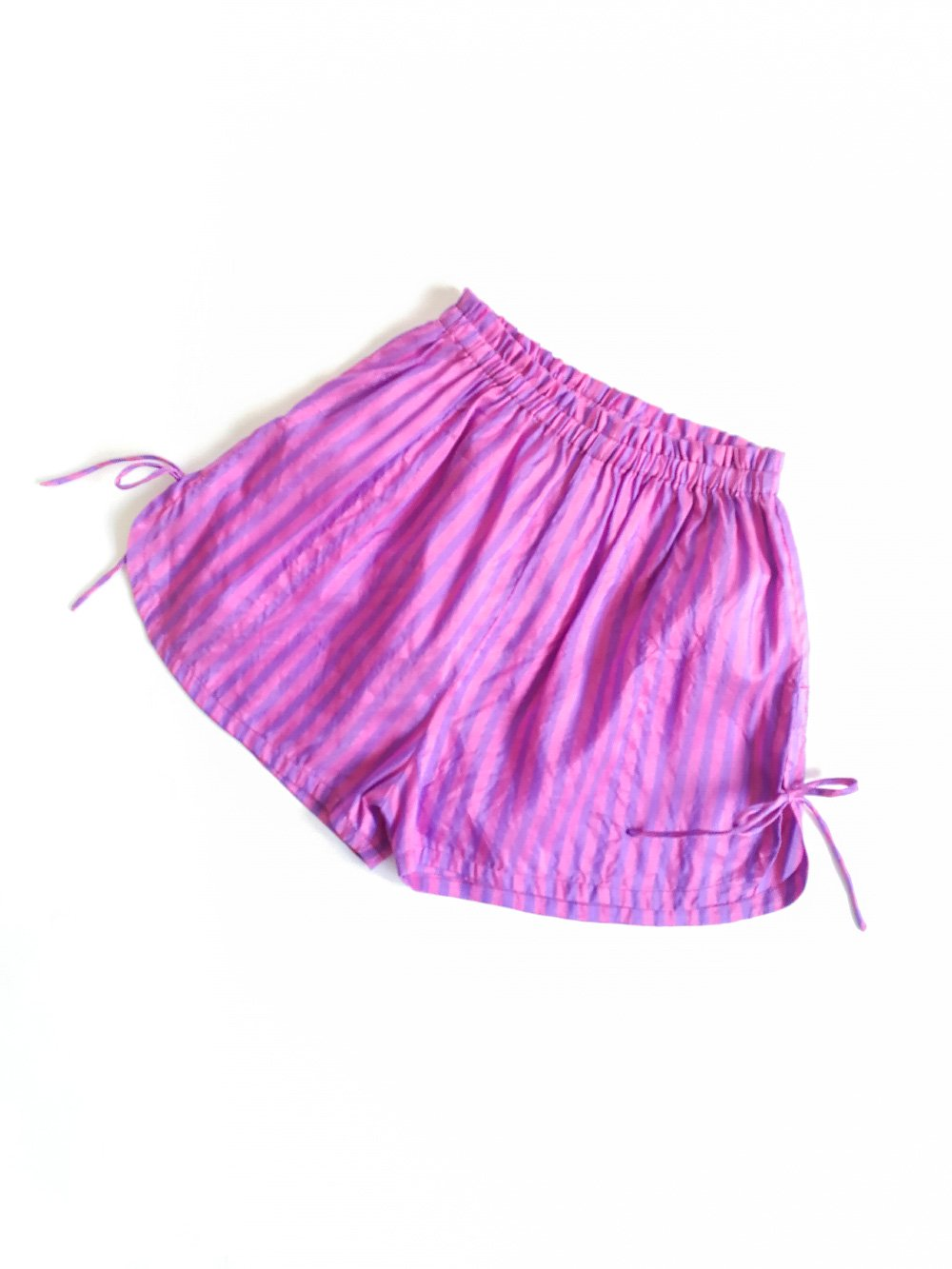 Shorts / pink × purple