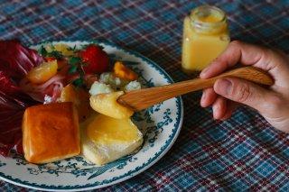 国産竹で作ったバターナイフ(名入れ-明朝体-)