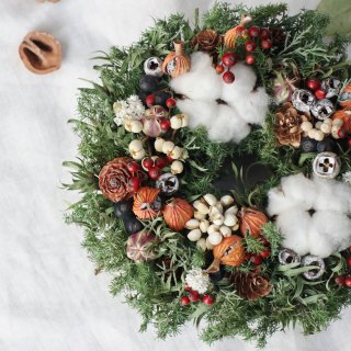 クリスマスリース 小 コットンと木の実