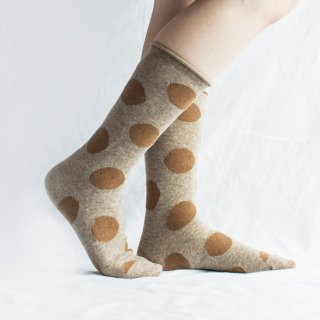 <img class='new_mark_img1' src='https://img.shop-pro.jp/img/new/icons14.gif' style='border:none;display:inline;margin:0px;padding:0px;width:auto;' />Wool Big Dot Socks