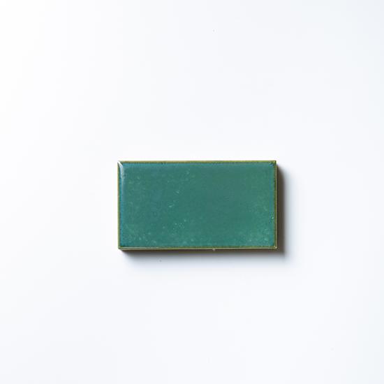 タイルメイド 焼き物の風合いむらタイル 緑むらタイル 小口(ケース)