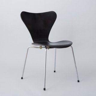 #3107 Seven Chair