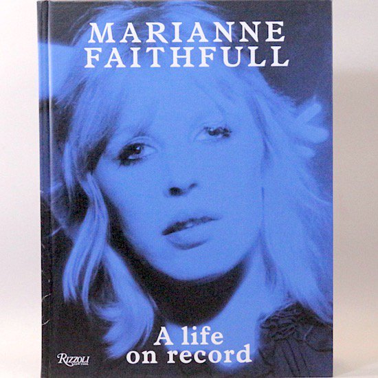 <img class='new_mark_img1' src='https://img.shop-pro.jp/img/new/icons15.gif' style='border:none;display:inline;margin:0px;padding:0px;width:auto;' />A life on record Marianne Faithfull(マリアンヌ・フェイスフル)