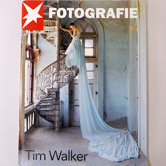 <img class='new_mark_img1' src='https://img.shop-pro.jp/img/new/icons15.gif' style='border:none;display:inline;margin:0px;padding:0px;width:auto;' />FOTOGRAFIE PORTFOLIO NO.43 Tim Walker(ティム・ウォーカー)