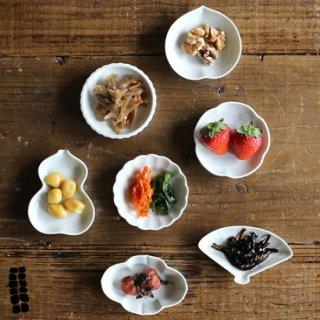 東屋(あづまや) 土灰 豆皿 7種 白岳窯 (しらたけがま) AZMAYA