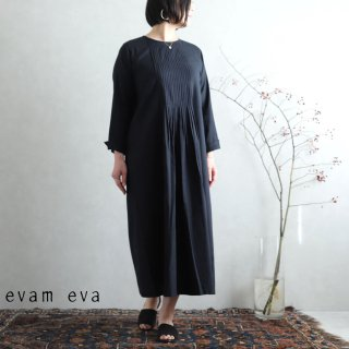 evam eva(エヴァム エヴァ)【2020ss新作】 ファインプリーツワンピース / fine pleats one-piece black(90) E201T075