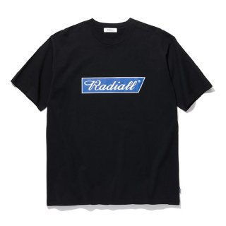 <img class='new_mark_img1' src='https://img.shop-pro.jp/img/new/icons8.gif' style='border:none;display:inline;margin:0px;padding:0px;width:auto;' />RADIALL/FLAGS-CREW NECK T-SHIRT S/S/ブラック