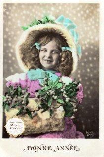 フランスアンティーク ポストカード ヤドリギを抱えるピンクの服を着た美少女【普通郵便送料無料】