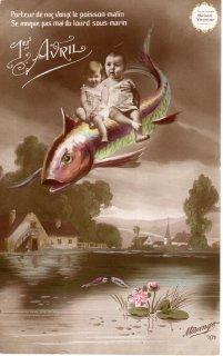 """フランスアンティーク エイプリルフールのポストカード """"蓮池のポワッソンに乗った可愛いべべたち """"【普通郵便送料無料】"""