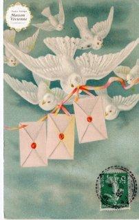 エンボス加工のアンティーク・ポストカード 白い伝書鳩さんたち【普通郵便送料無料】