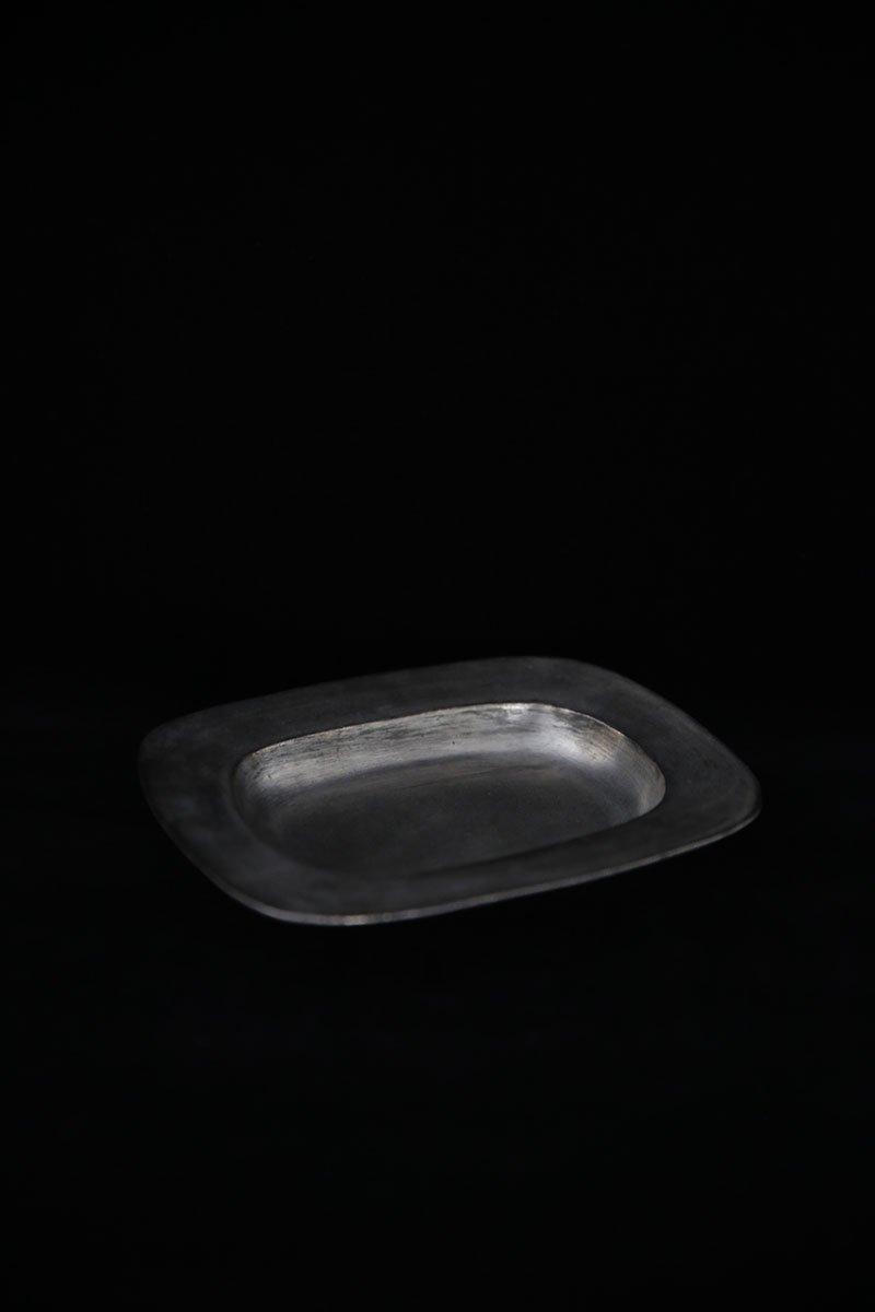 銀彩ピューターなで長角深皿 S