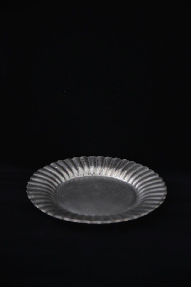 黒銀彩オランダ花形皿 L