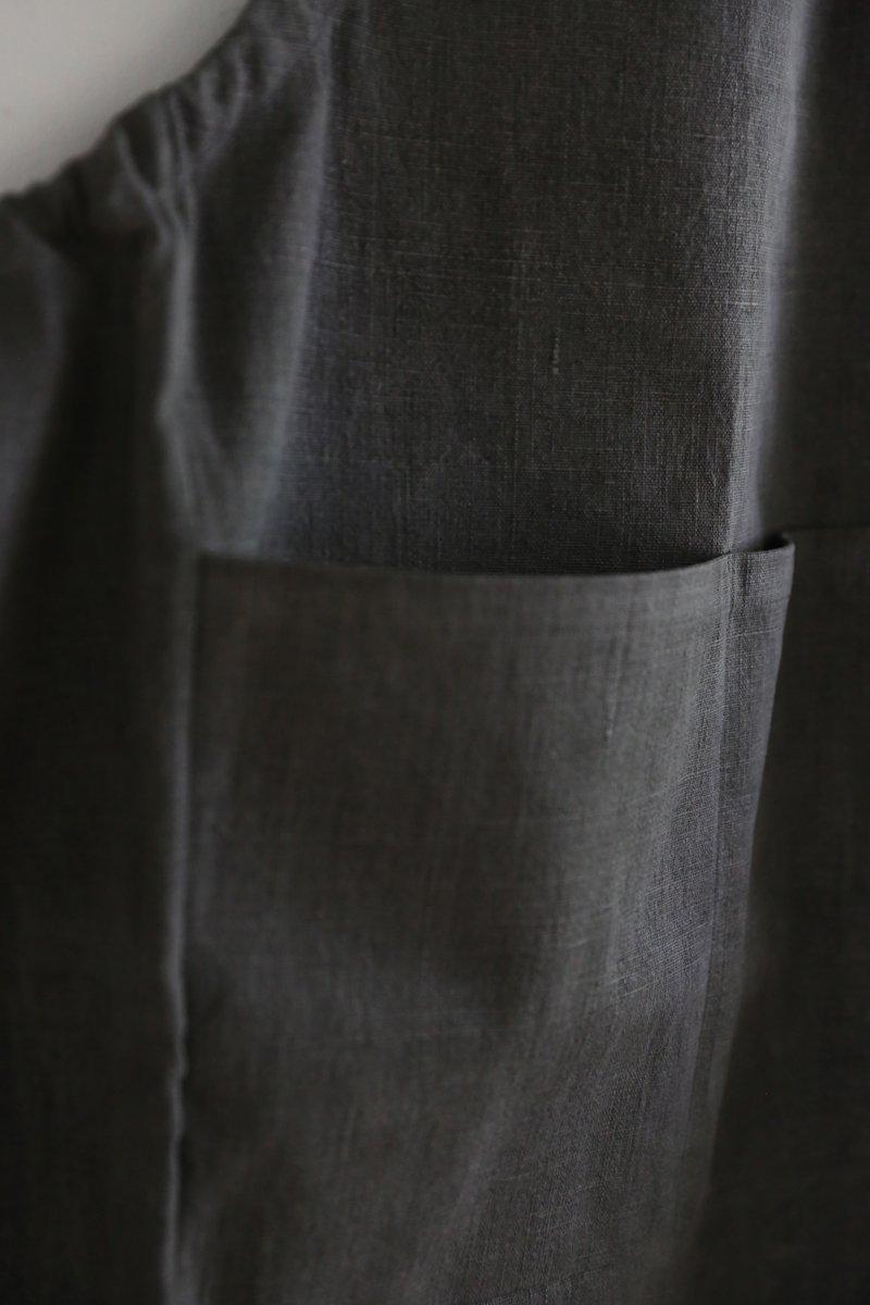 手織り綿布エプロン|墨染め濃
