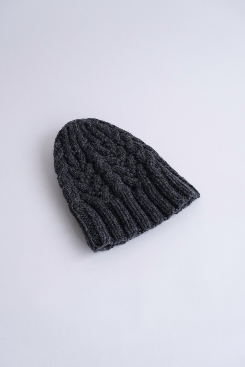 British Wool Cashmere Cable Aran Hat|charcoal