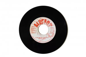 Delroy Wilson / Living In The Foot Steps / デルロイ・ウィルソン