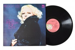 Peggy Lee / Close Enough For Love / ペギー・リー<img class='new_mark_img2' src='https://img.shop-pro.jp/img/new/icons6.gif' style='border:none;display:inline;margin:0px;padding:0px;width:auto;' />