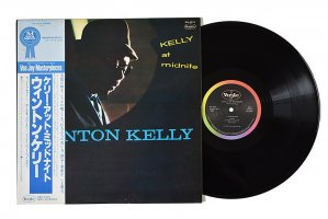 Wynton Kelly / Kelly At Midnite / ウィントン・ケリー<img class='new_mark_img2' src='https://img.shop-pro.jp/img/new/icons6.gif' style='border:none;display:inline;margin:0px;padding:0px;width:auto;' />