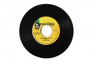 Peter Tosh / Ooh Bumbo Claat / ピーター・トッシュ<img class='new_mark_img2' src='https://img.shop-pro.jp/img/new/icons6.gif' style='border:none;display:inline;margin:0px;padding:0px;width:auto;' />