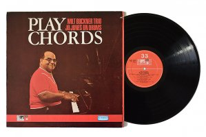 Milt Buckner Trio / Play Chords / ミルト・バックナー<img class='new_mark_img2' src='https://img.shop-pro.jp/img/new/icons6.gif' style='border:none;display:inline;margin:0px;padding:0px;width:auto;' />
