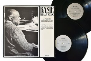 Basie The Last Decade / Count Basie And His Orchestra / カウント・ベイシー<img class='new_mark_img2' src='https://img.shop-pro.jp/img/new/icons6.gif' style='border:none;display:inline;margin:0px;padding:0px;width:auto;' />