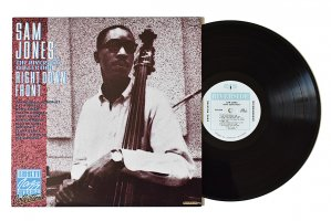 Sam Jones / Right Down Front / サム・ジョーンズ