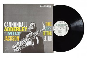 Cannonball Adderley with Milt Jackson / Things Are Getting Better / キャノンボール・アダレイ / ミルト・ジャクソン<img class='new_mark_img2' src='https://img.shop-pro.jp/img/new/icons6.gif' style='border:none;display:inline;margin:0px;padding:0px;width:auto;' />