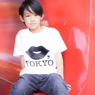 KIDS TEE【BLACK】<img class='new_mark_img2' src='https://img.shop-pro.jp/img/new/icons5.gif' style='border:none;display:inline;margin:0px;padding:0px;width:auto;' />