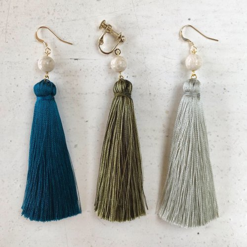 Big tassel earring (片耳販売)