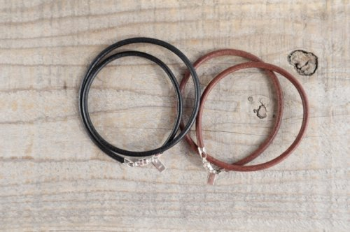 Leather bracelet (men's W)