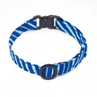 アフリカンバティックの猫首輪  流水 ブルー