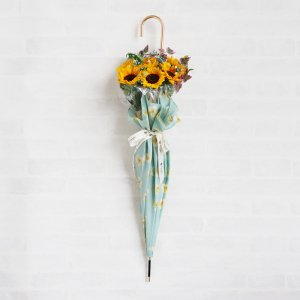 <img class='new_mark_img1' src='https://img.shop-pro.jp/img/new/icons58.gif' style='border:none;display:inline;margin:0px;padding:0px;width:auto;' />【生花】 Umbrella Bouquet|Flora