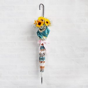 <img class='new_mark_img1' src='https://img.shop-pro.jp/img/new/icons14.gif' style='border:none;display:inline;margin:0px;padding:0px;width:auto;' />【生花】 Umbrella Bouquet|Scarf-Green