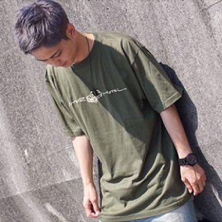 <img class='new_mark_img1' src='https://img.shop-pro.jp/img/new/icons24.gif' style='border:none;display:inline;margin:0px;padding:0px;width:auto;' />【50%OFF】ロゴTシャツ(オリジナルタグ付き)