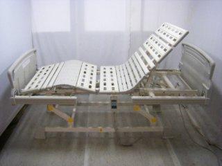 【関東限定】【中古電動ベッド】パラマウントベッド キューマアウラ KQ-602 (DB-4327)