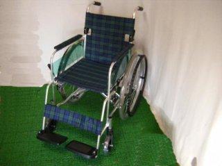 ミキ 自走式車椅子 ケアスリム 軽量タイプ (WCMI226)