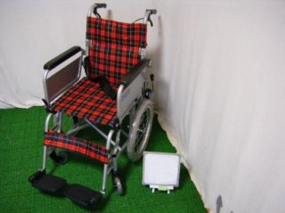 カワムラサイクル 介助式車椅子 KAK16-40 こまわりくん(介ブレ付・赤) (WCK114B-R)