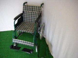 日進医療器 介助式車椅子 TAE-2C (WCNS109)
