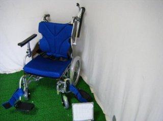 カワムラサイクル 介助式車椅子 KZ16-40-SSL 超々低床タイプ (WCK243-SSL)