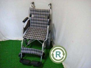 【中古車椅子】《Aランク品》ミキ 介助式車椅子 MOCC-43SP (WCMI103NB-A)