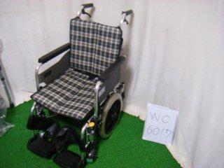 【中古車椅子】《Sランク》ミキ 介助式車椅子 SKT-6(WC-6017)