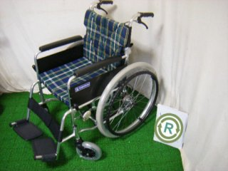 【中古車椅子】《Sランク品》カワムラサイクル 自走式車椅子 BM22-40SB-M (WCK202)