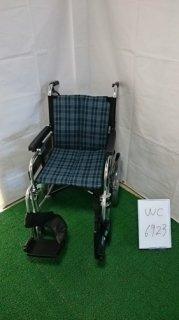 【中古車椅子】《Aランク》ミキ 介助式車椅子 MYU166JDSW (WC-6923)