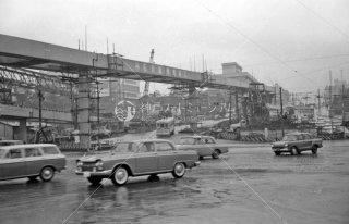 都電10系統 赤坂見附交差点後方赤坂プリンスホテルと旧都道府県会館 1963年9月頃